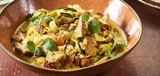 Kalkoencurry met groente en zilvervliesrijst