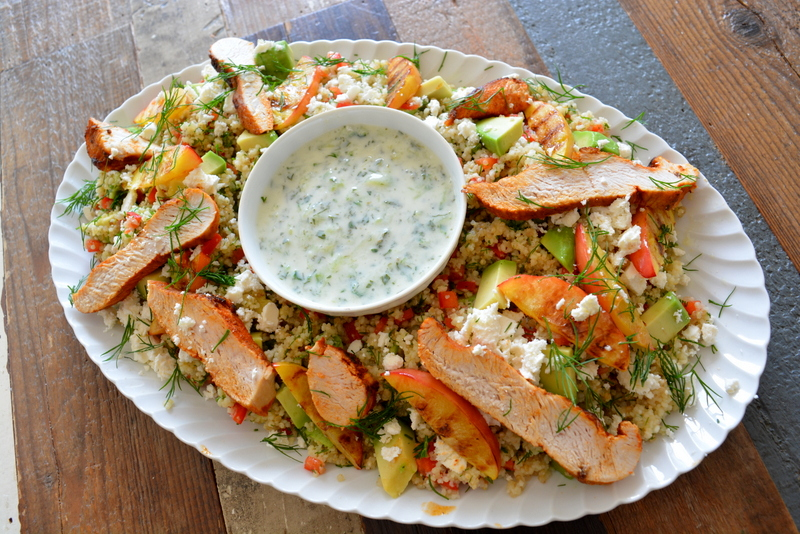 Quinoa & Couscous salade met kalkoen en gegrilde nectarine